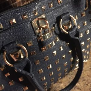 Large Navy Blue Tote Purse Bag Gold Studs w/lock